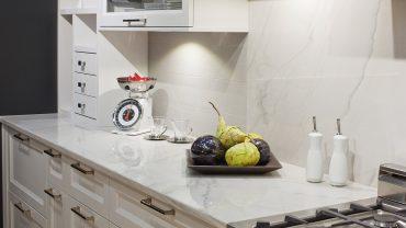 cuisine-blanche-balance-realisations-andre-rousseau-construction