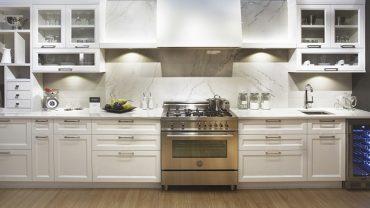 cuisine3-blanche-marbre-realisations-andre-rousseau-construction