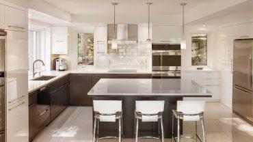 cuisine8-laque-blanche-noir-realisations-andre-rousseau-construction