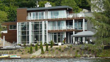 maison17-moderne-rampes-verre-realisations-andre-rousseau-construction