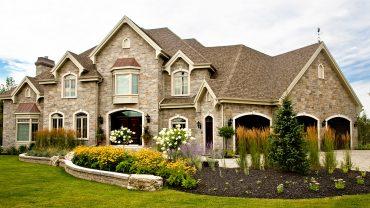 maison23-classique-pierre-beige-realisations-andre-rousseau-construction