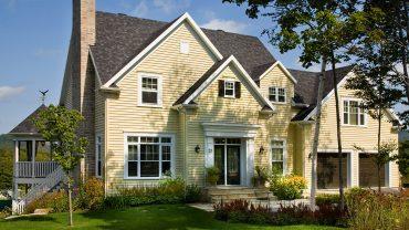 maison25-jaune-classique-realisations-andre-rousseau-construction